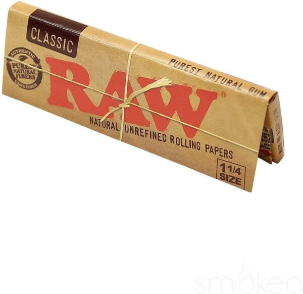 RAW 1:4 slim cigarette rolling papers rolling