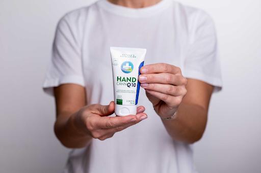Annabis Handcann Moisturazing Hemp Hand Cream