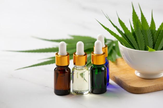 Óleo de cânhamo (CBD) de sementes e folhas de maconha medicinal